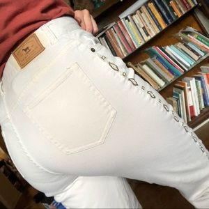 VTG CREAM COLORED JEANS WITH BEADING